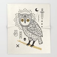 Hypno Owl throw blanket