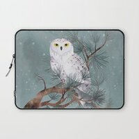 Snowy laptop sleeve